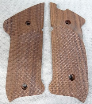 Herrett Ruger MK II/III Walnut Grip Panels (Right Hand)